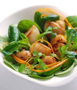 Noix De Saint Jacques Poelees Et Salade Envie De Bien Manger