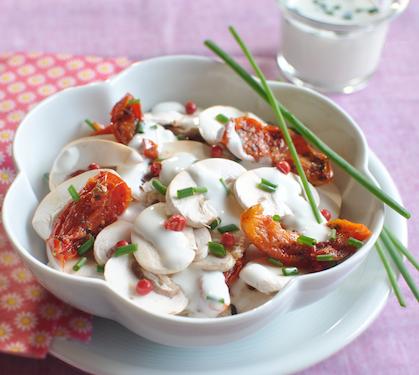 Salade de champignons aux tomates confites envie de bien manger - Salade de champignons frais ...