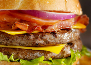 Cheeseburgers pleins de saveurs pour recevoir
