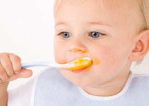 Nouvelles textures : bébés de 9 à 12 mois