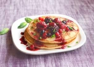 Pancakes à la compotée de fruits rouges