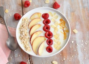 Smoothie Bowl Pêches-Framboises