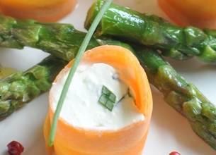Makis de carottes, asperges et graines germées