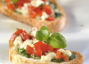 Bruschetta à la Mozzarella et au Pesto