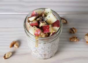 Porridge aux pommes et aux noix