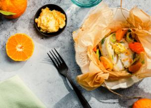 Cabillaud et beurre d'agrumes en papillote, légumes d'hiver