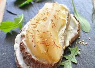 Bruschetta Société Crème, poires et safran
