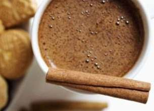 Chocolat chaud à la cannelle