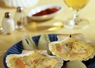 Coquilles Saint-Jacques à la Crème de Poireaux et Curry