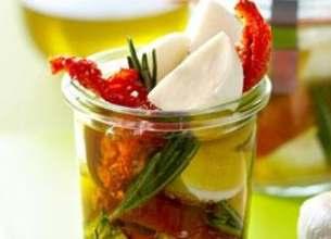 Marinade de Mozzarelline et Tomates confites au romarin et ail