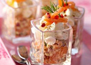 Tartare aux saumons et tomates confites, crème de Ricotta au Raifort