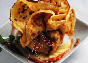 Aumônières à la crème de marron et pommes poêlées