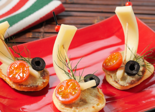 Blinis au caviar d'Aubergines, Anchois et Ossau-Iraty Istara