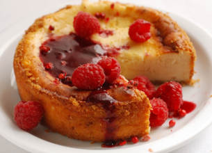 Cheesecake aux framboises et à la Brousse de brebis Lou Pérac