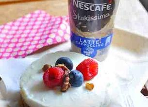 Nescafé Shakissimo et cheesecake aux noix de pécan