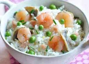 Riz cantonais aux crevettes et champignons