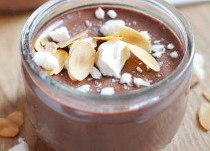 Crème au chocolat au lait meringuée