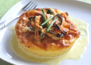 Far aux oignons et sa poêlée de fruits de mer