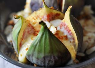 Figues rôties à la crème d'amandes et spéculoos