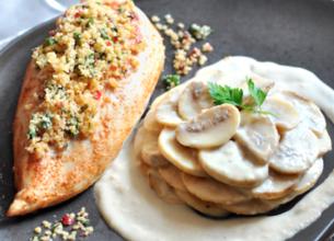 Filet de poulet croustillant et champignons à la crème