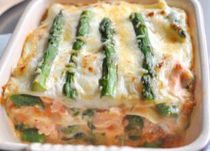 Lasagnes de saumon aux asperges vertes
