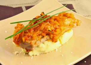 Mignon de porc, compote d'oignons et purée de pommes de terre