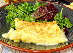 Omelette de chèvre frais à la menthe