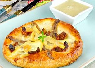 Tarte fine aux anchois et reblochon