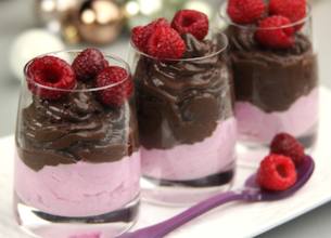 Mousse au chocolat et fruits rouges