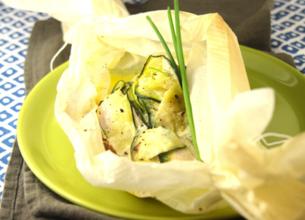 Papillote de poulet à la crème, beurre de citron vert