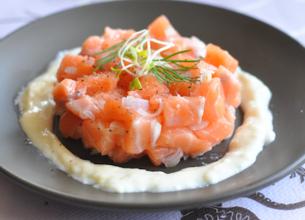 Tartare de saumon à la crème d'Ossau-Iraty Istara