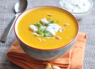 Velouté de carottes au curry et poulet croustillant